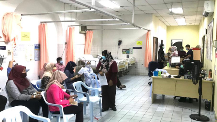 A Small Gesture of Thanks<br>CSR Project – Vaccination Centre at Sungai Buloh Hospital